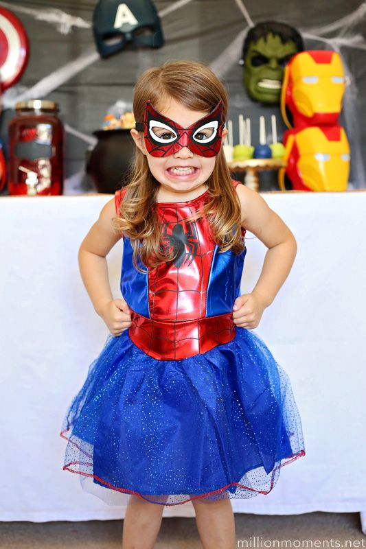 Spider-Man costume ideas for girls, plus a cute MARVEL themed Halloween party! #AvengersUnite #ad