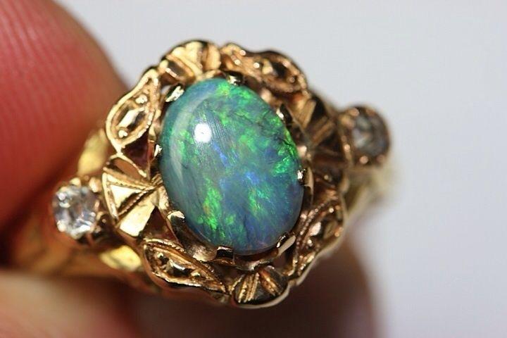 Stunning Antique Art Nouveau 18 carat yellow gold black opal and diamond ring
