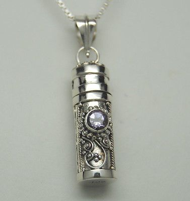 Jewelry That Holds Cremated Ashes