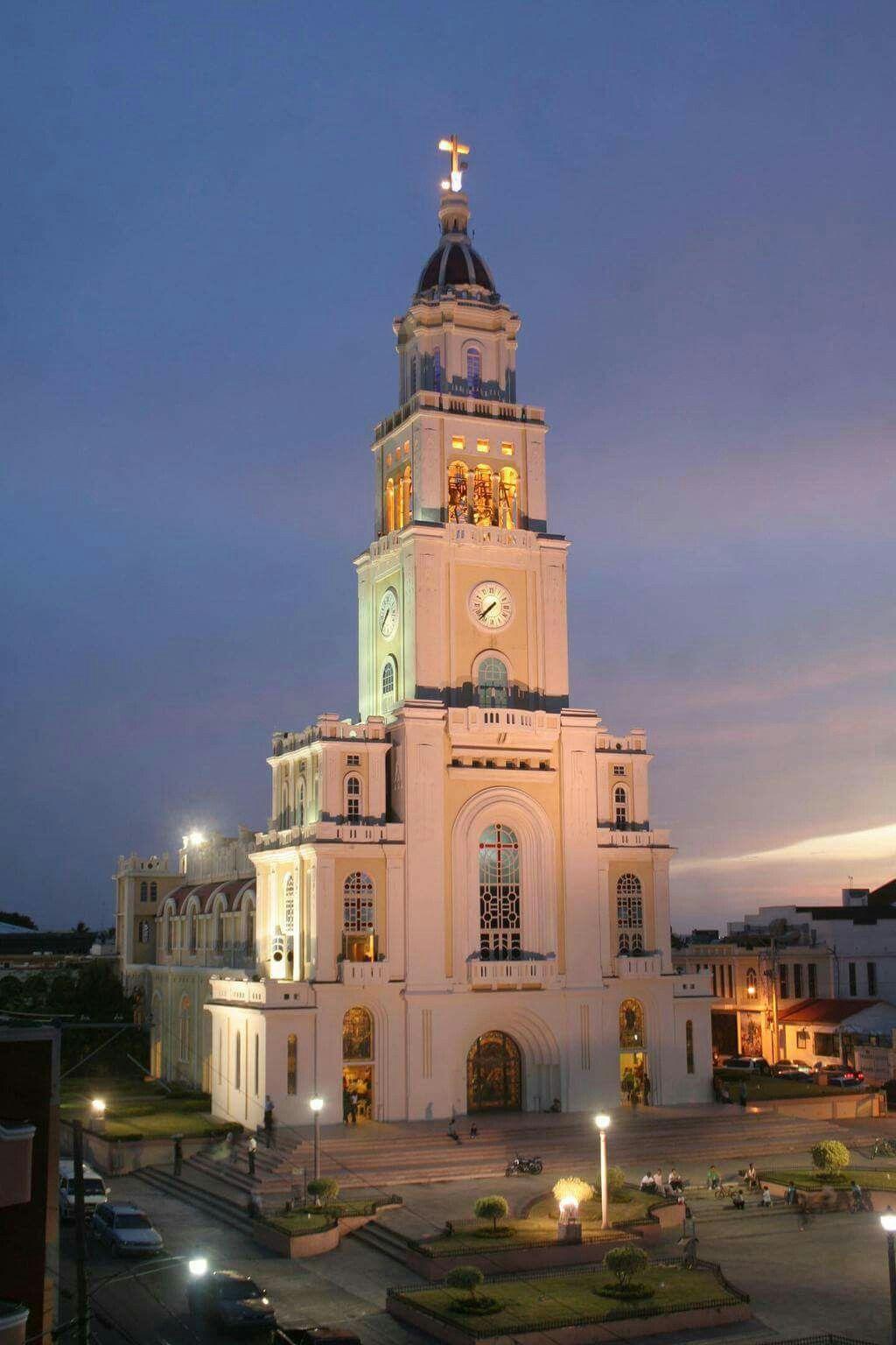 Iglesia Sagrado Corazon De Jesus Moca Espaillat Republica Dominicana Inaugurada En 1958 Ferry Building San Francisco Greater Antilles Dominican Republic