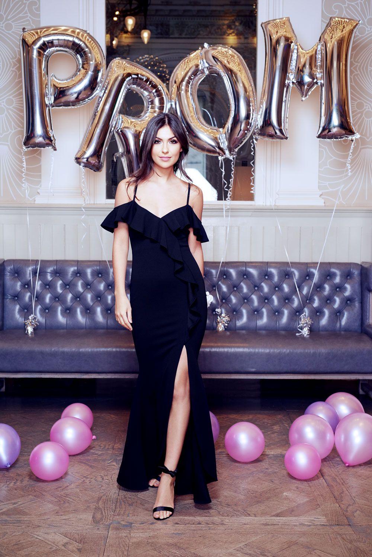 Choose a black prom dress with a slit for effortless old school