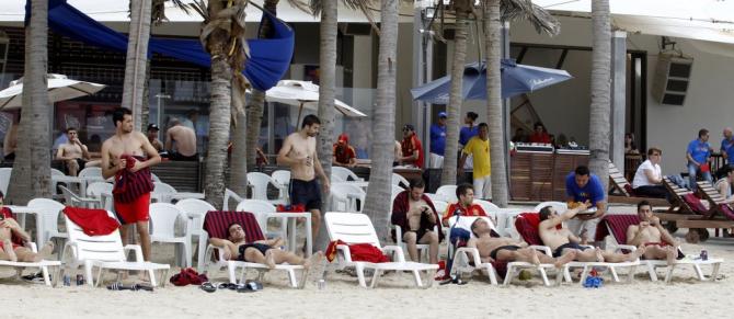 La selección española en la playa en Fortaleza en la Copa Confederaciones 2013 #seleccionespanola #LaRoja #diariodelaroja