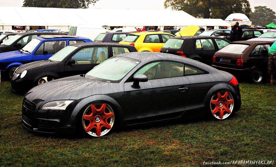 Audi with BIG Bentley wheels Audi tt, Audi