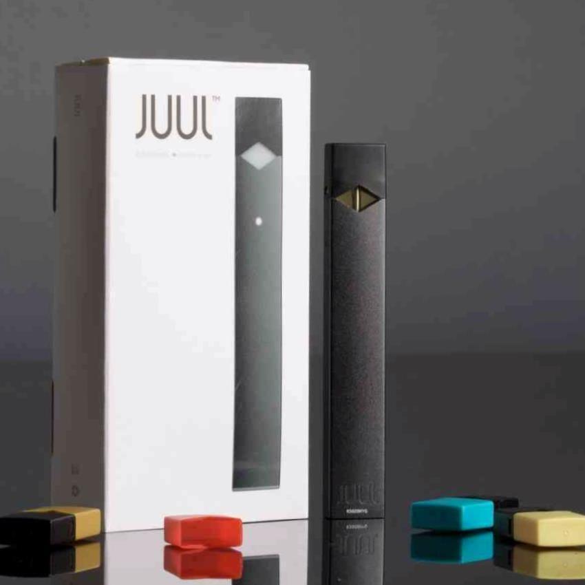 New JUUL Vaporizer Starter Kit 4 Juulpods flavor cartridges