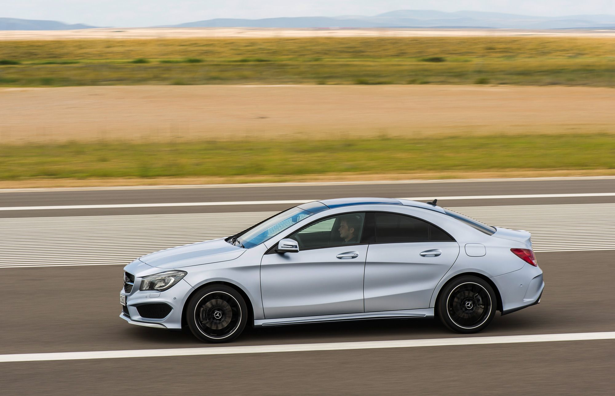 2014 Mercedes Benz Cla S Base Price Of 30 825 Revealed In Super Bowl Ad Mercedes Benz Mercedes Benz Models Mercedes