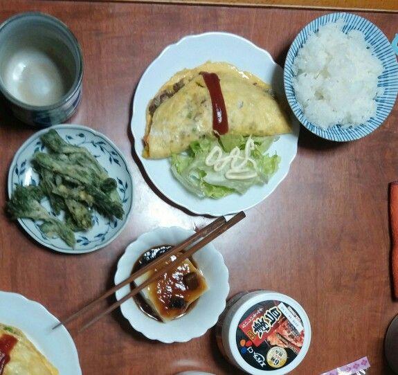 3月31日(火) 晴れ雨 オムレツ タラの芽 ゴマ豆腐 キムチ 64.7