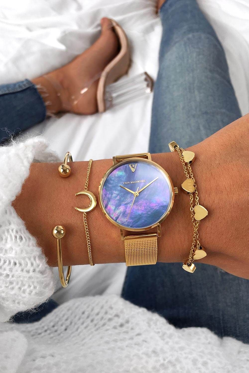 52c3a4d348777a Description The 32mm collection are the smallest Paul Valentine watches yet  - The smaller size makes it perfect for tiny wrists. The Blue Seashell Gold  Mesh ...