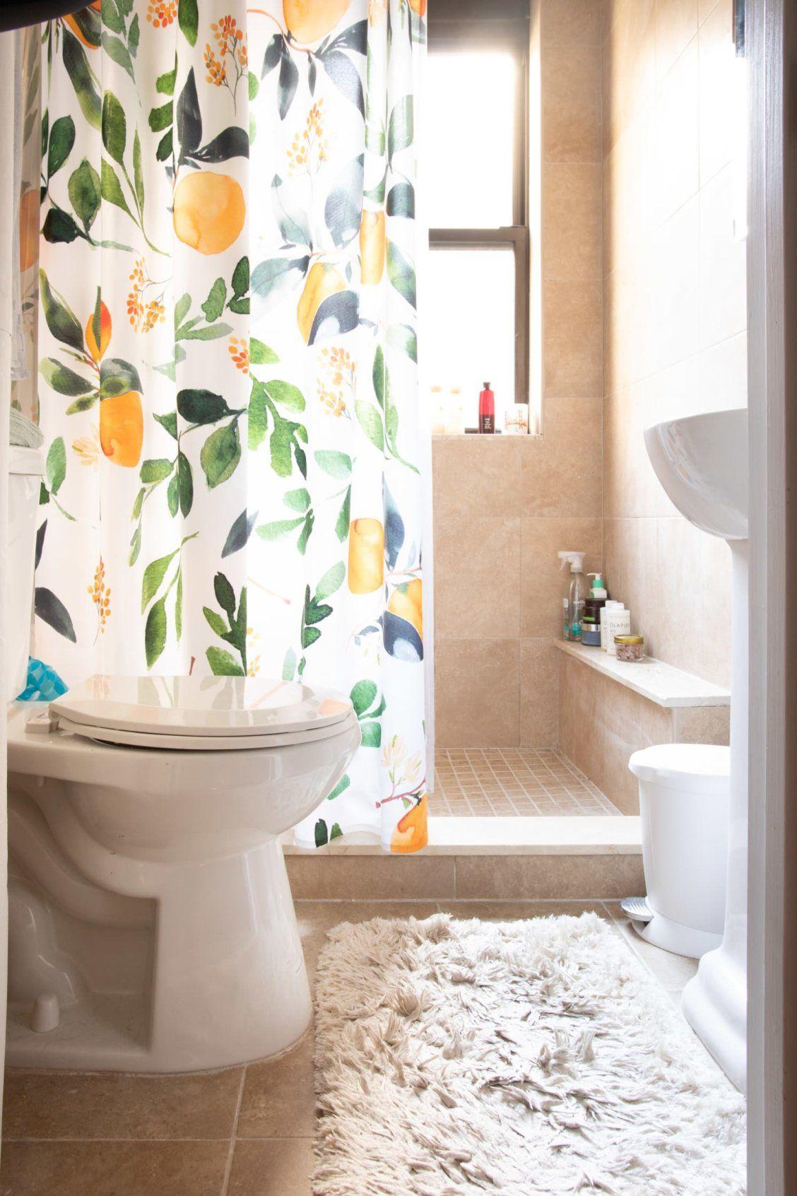 Roommates Decorated This Apartment With Lots Of Craigslist And Facebook Marketplace Scores Rustic Bathroom Decor Diy Bathroom Decor Modern Bathroom Decor