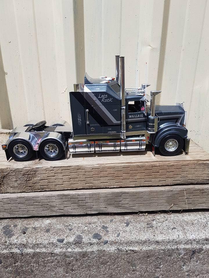 Pin by Eddie Valdez on trucks Model truck kits, Plastic