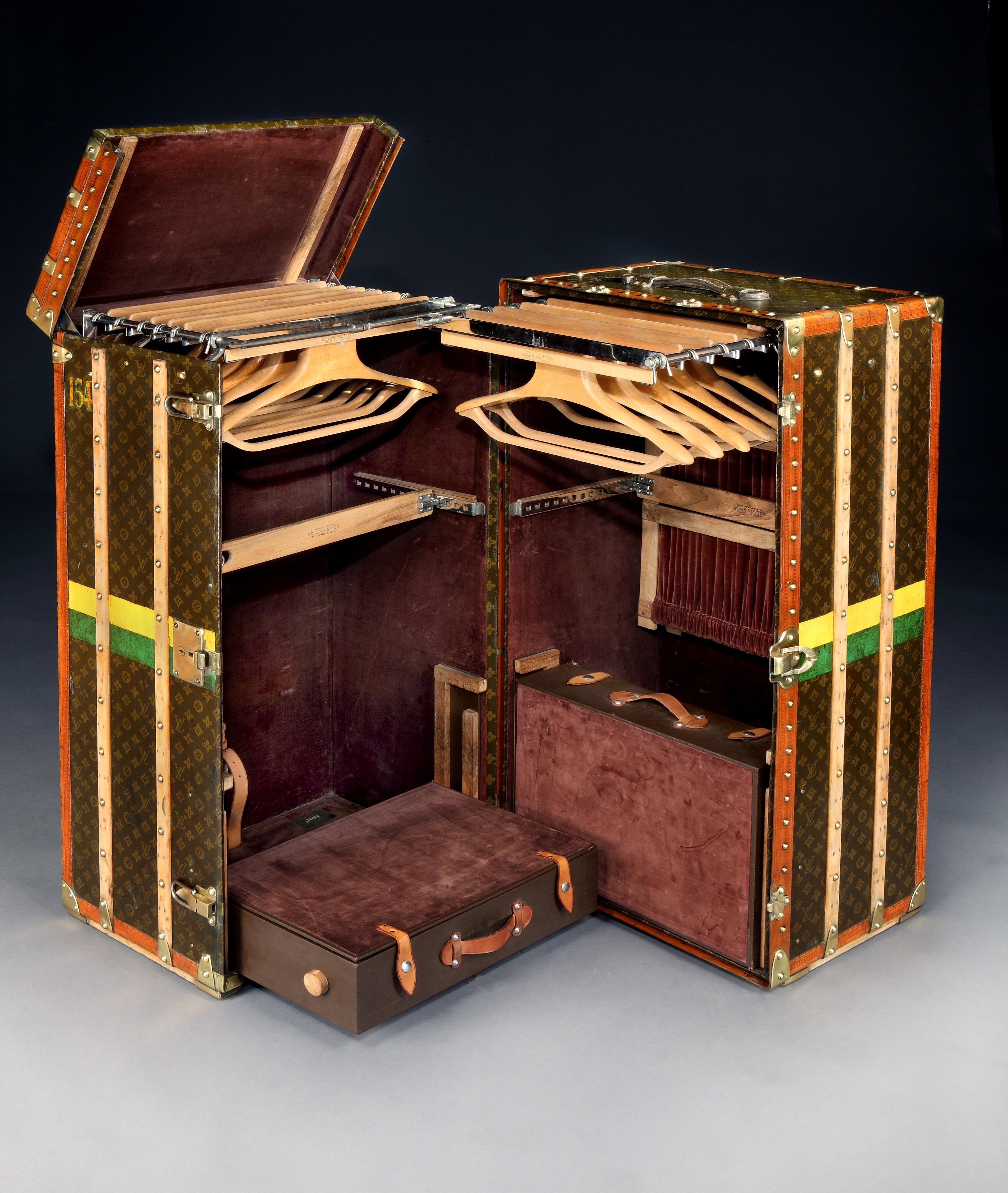 U0027Malle Armoireu0027 (wardrobe Trunk) By Louis Vuitton