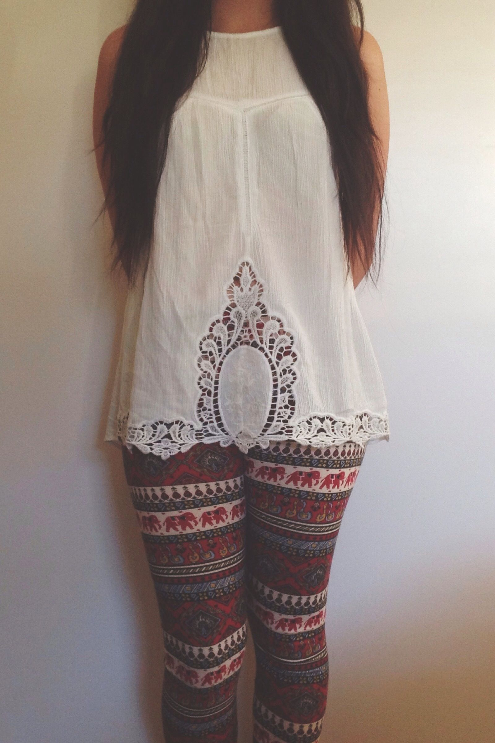 Urban outfitters lace shirt. Urban leggings, elephant designs, crazy detail. Ootd outfitoftheday fashion