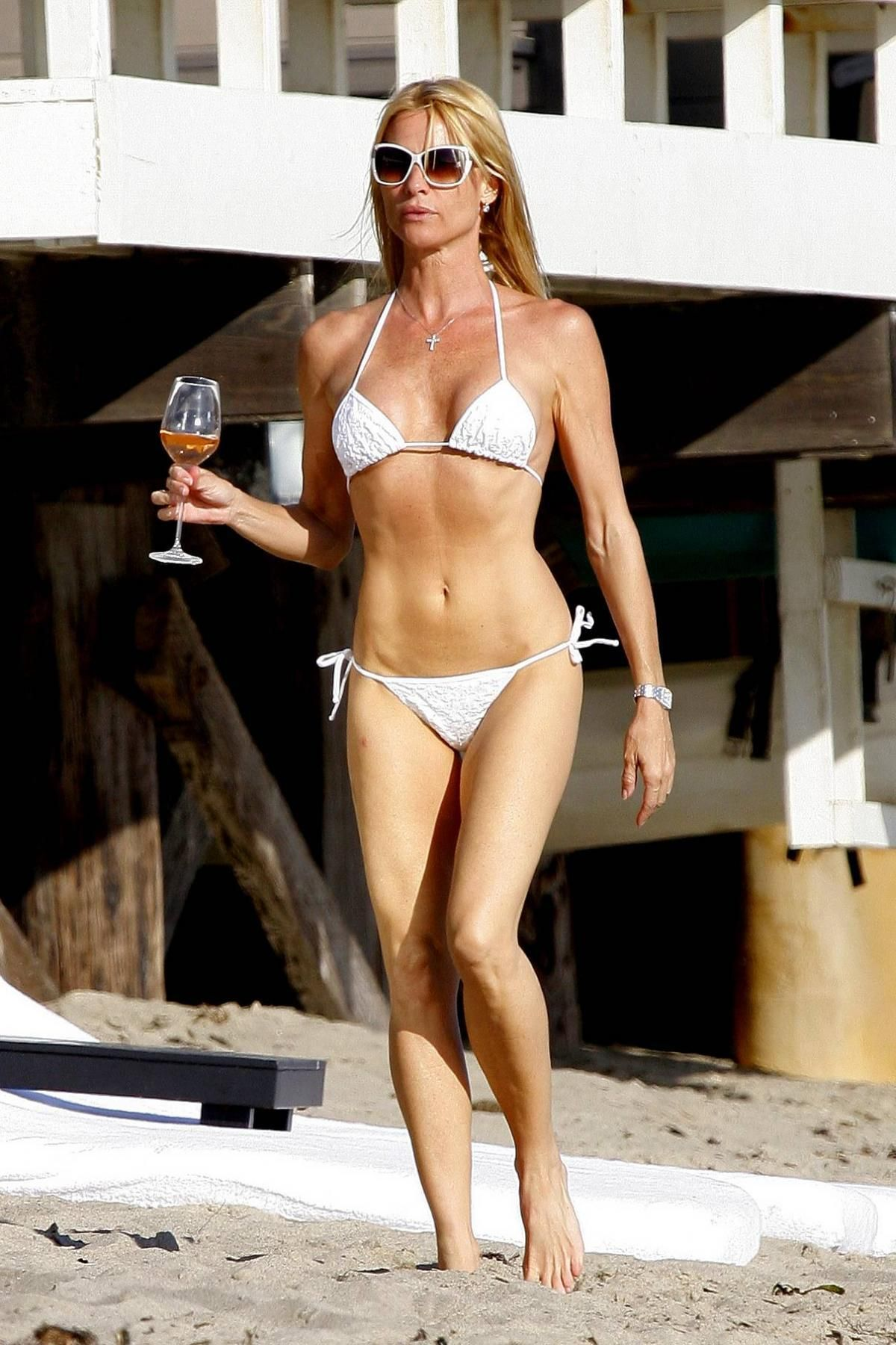Nicollette Sheridan (born 1963) Nicollette Sheridan (born 1963) new foto