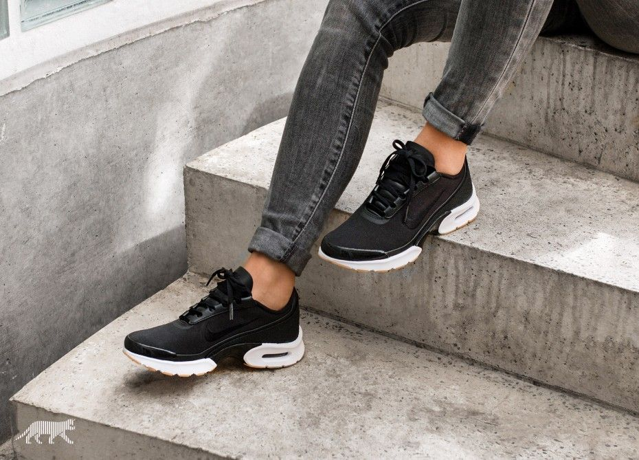 nike wmns air max jewell se black gum shoes pinterest black gums air max and shopping lists. Black Bedroom Furniture Sets. Home Design Ideas