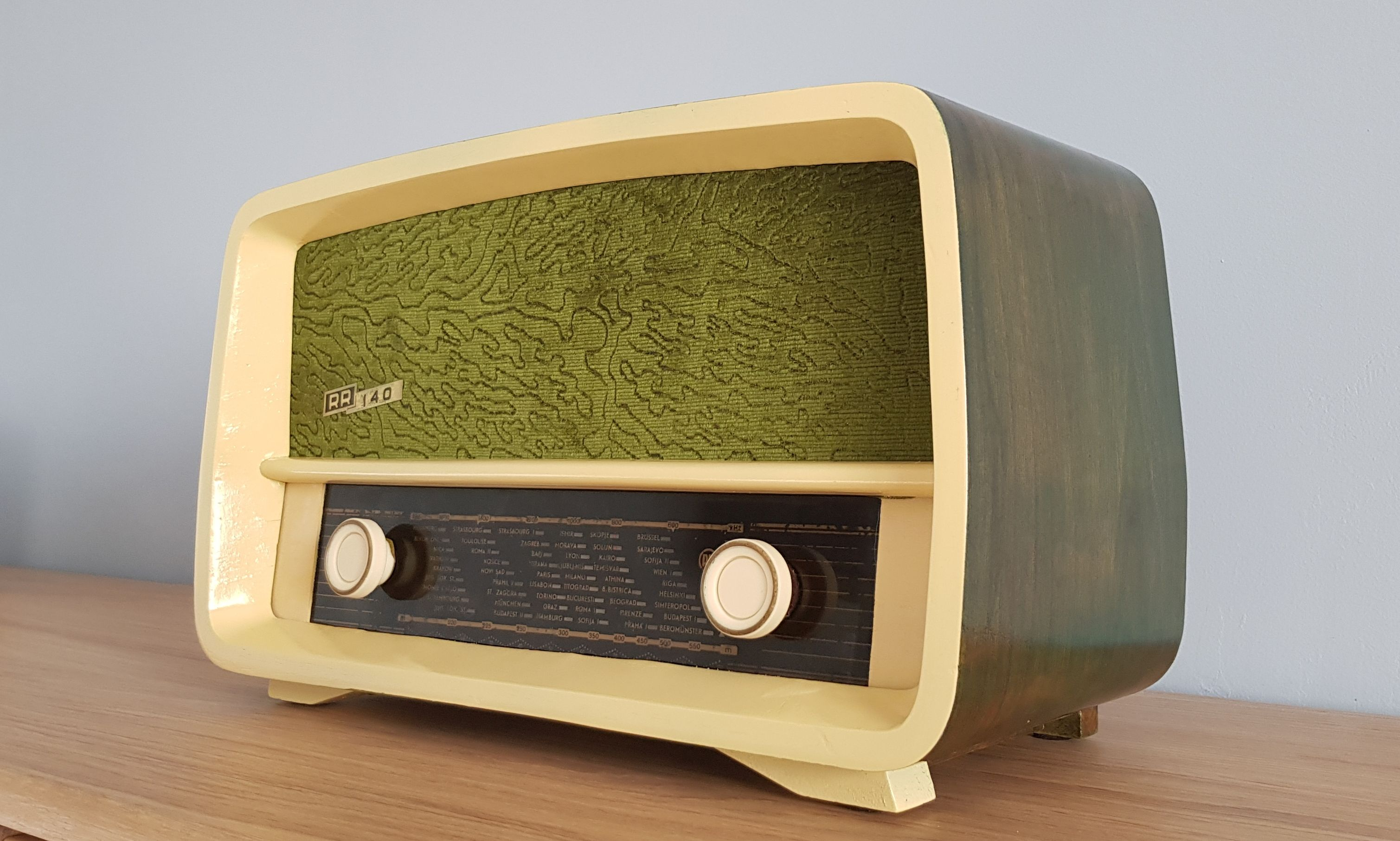 Vintage Radio Rr 140 Vintage Radio Vintage Electronics Old Radios