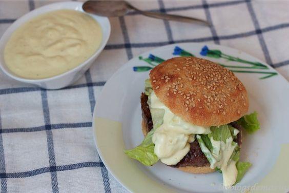 Salsa para hamburguesas de queso batido