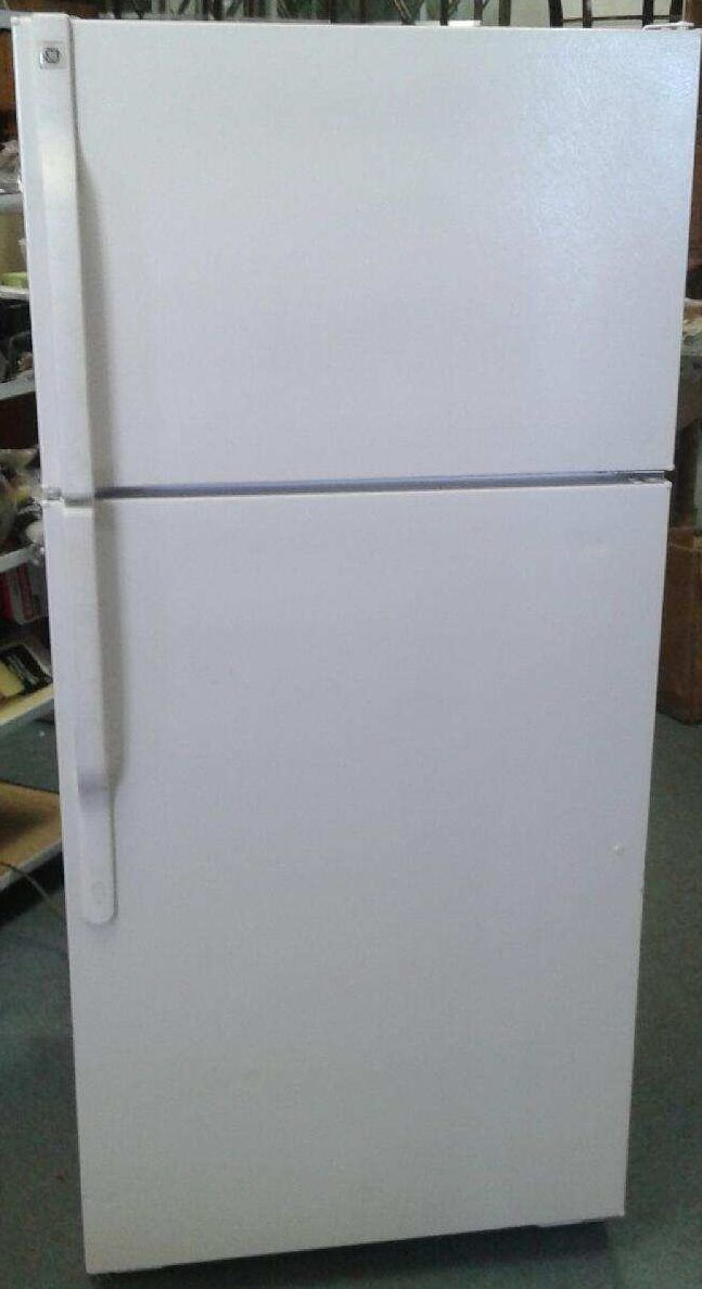From the Renaissance Hotel in Boulder, CO.... Gorgeous GE Over/Under Refrigerator/Freezers. Only $89.00! We are open to the public Monday thru Saturday 8:30am-5:30pm.