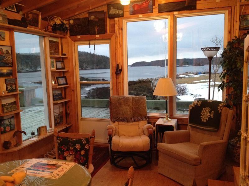 Fine Donnas Cottage Rental On The Ocean In Halifax Cottages Interior Design Ideas Apansoteloinfo
