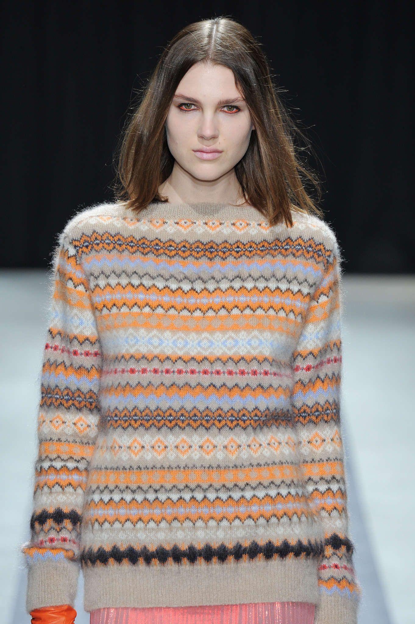 Lovely sweater. Veronique Branquinho