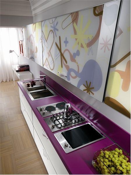 Bright Kitchens dapur berkonsepkan pop art rekaan karim rashid untuk scavolini
