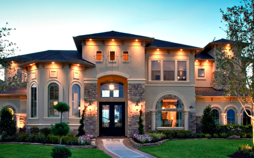 Outdoors Driveway Front side Love the lights gives it a warm and