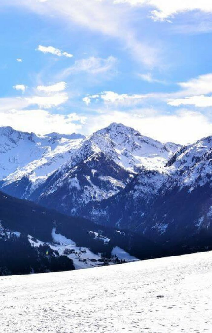 Wondering what the best skiing destination in Europe is? Look no farther than Kitzbuhel in Austria!