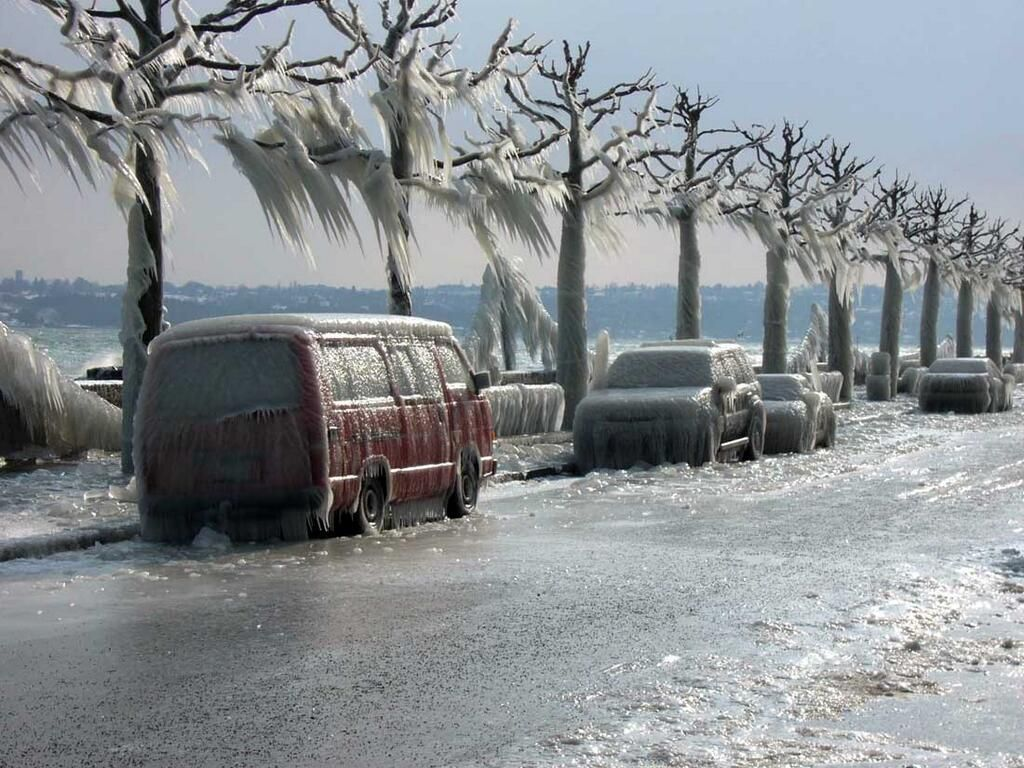 This is in a city called Versoix (near Geneva Switzerland) where the ice  takes over in winter:(same photo has been used as a Canadian funny picture)