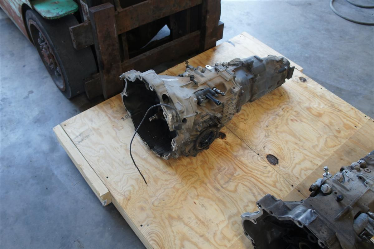 Audi oem 6 speed manual transmission tranny for sale in great condition low miles comes with shifter