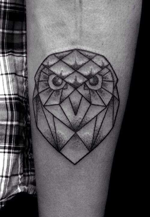 geometric owl tattoo cool tattoos tatouage chouette tatouage tatouage g om trique. Black Bedroom Furniture Sets. Home Design Ideas