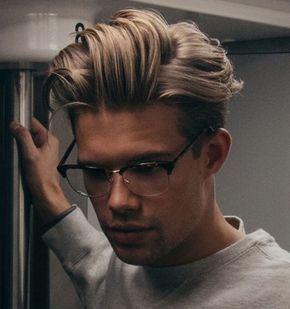 Capelli Uomo Medio Lunghi Stile Hipster Biondi Lisci Occhiali Vista