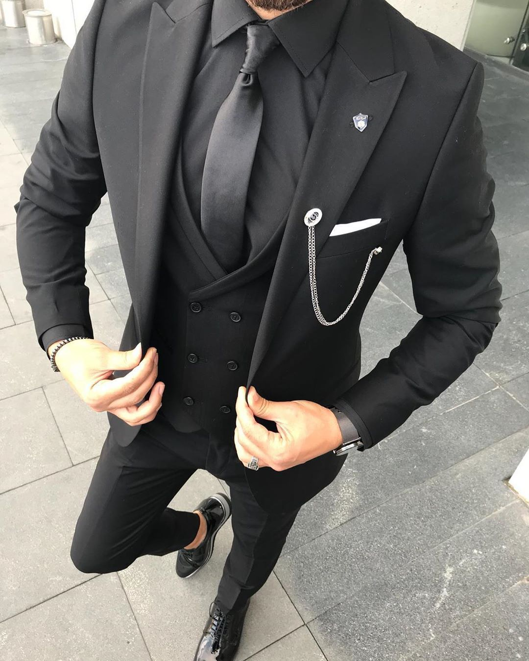 Visit Our Website For The Latest Men S Fashion Trends Products And Tips Mensfashion Mensapparel Fashion Suits For Men Black Suit Men Dress Suits For Men [ 1350 x 1080 Pixel ]