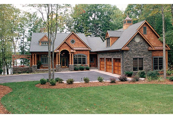 i like the exterior yard layout for a lake house craftsman house plan with 4304 square feet and 4 bedrooms from dream home source - Craftsman Ranch Home Exterior