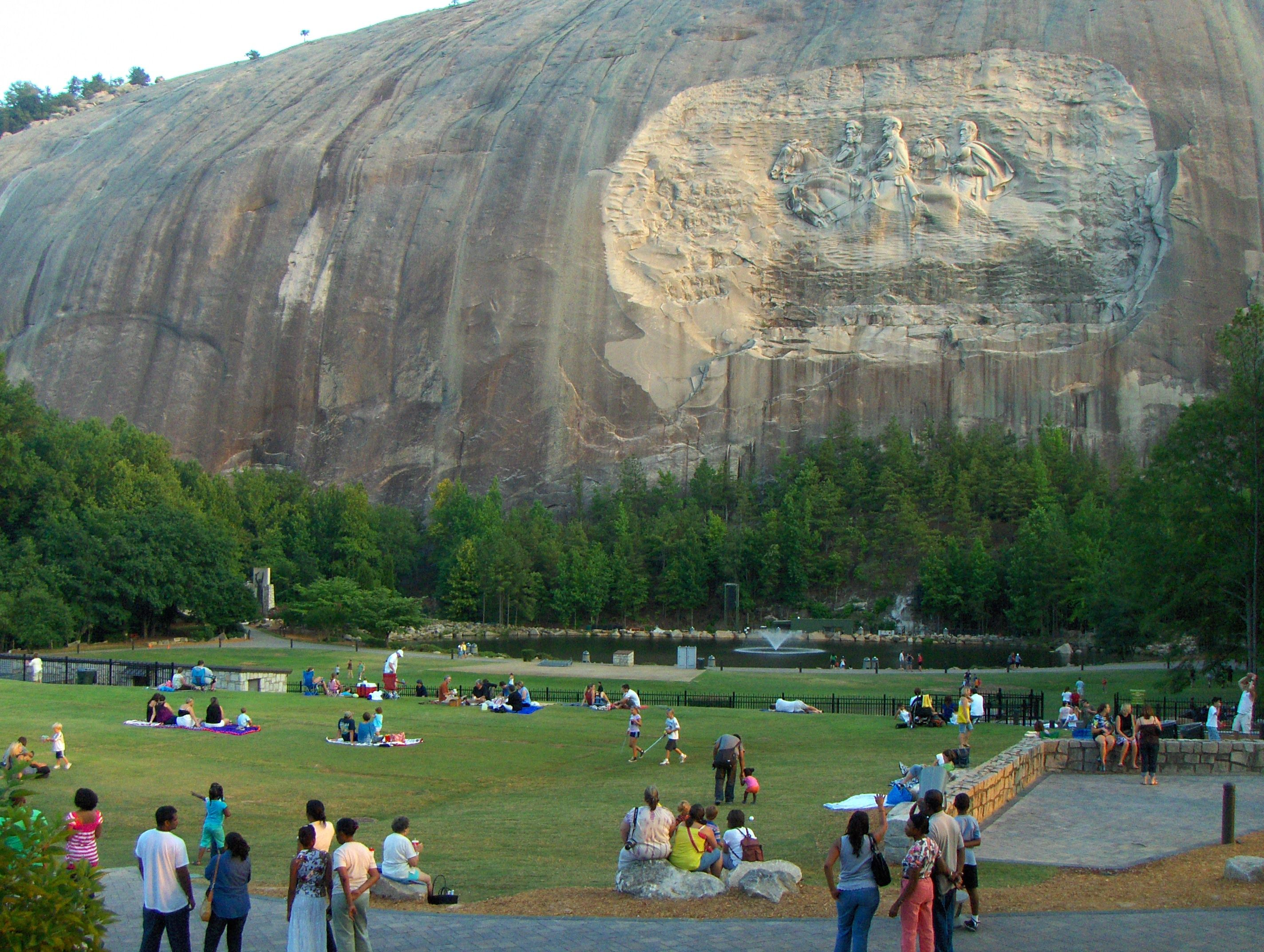 Stone Mountain Ga Spent Many Hours In That Park Watched Laser Shows Even Hiked Up The Back Of Stone Mountain Park Stone Mountain Georgia Stone Mountain
