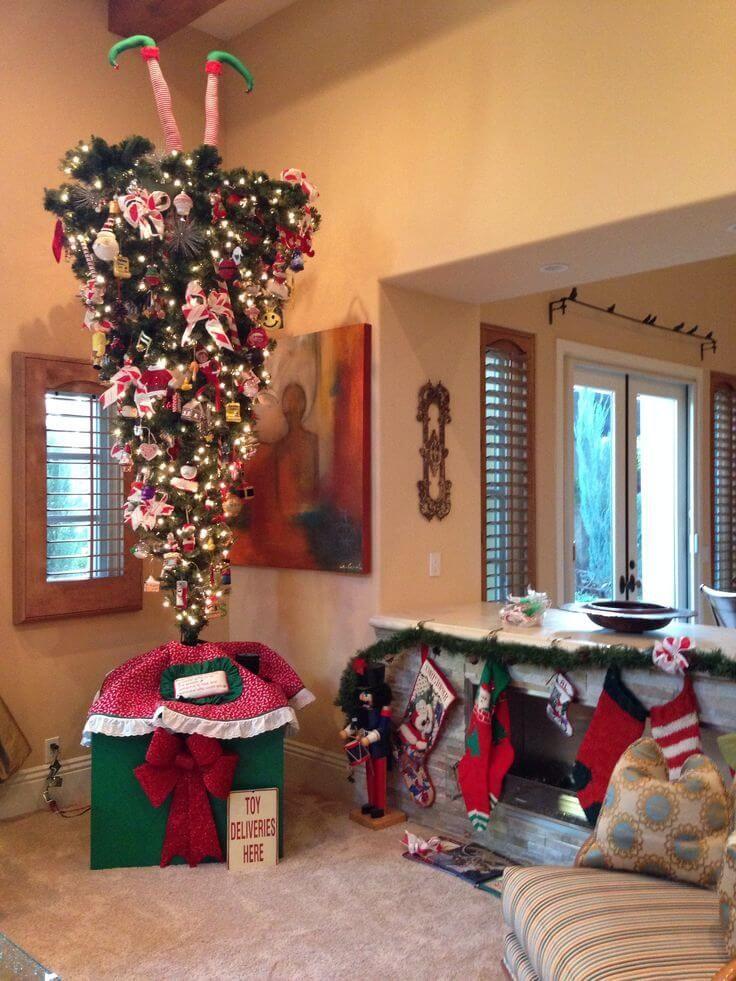 30 Beautiful Upside Down Christmas Tree Ideas Grinch