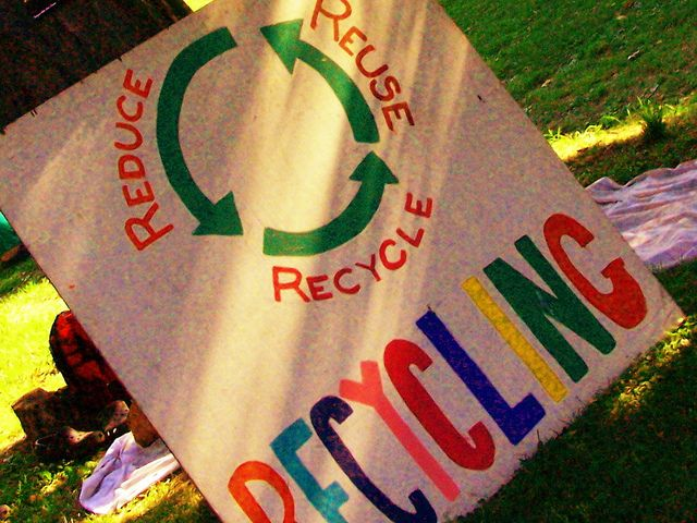 40 Facts About Recycling http://www.wasteconnectionsmemphis.com ...