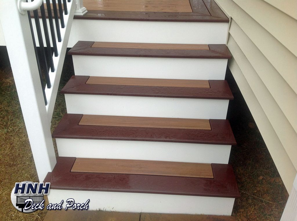 Steps Using Trex Transcends Tiki Torch Flooring And Madeira Border.