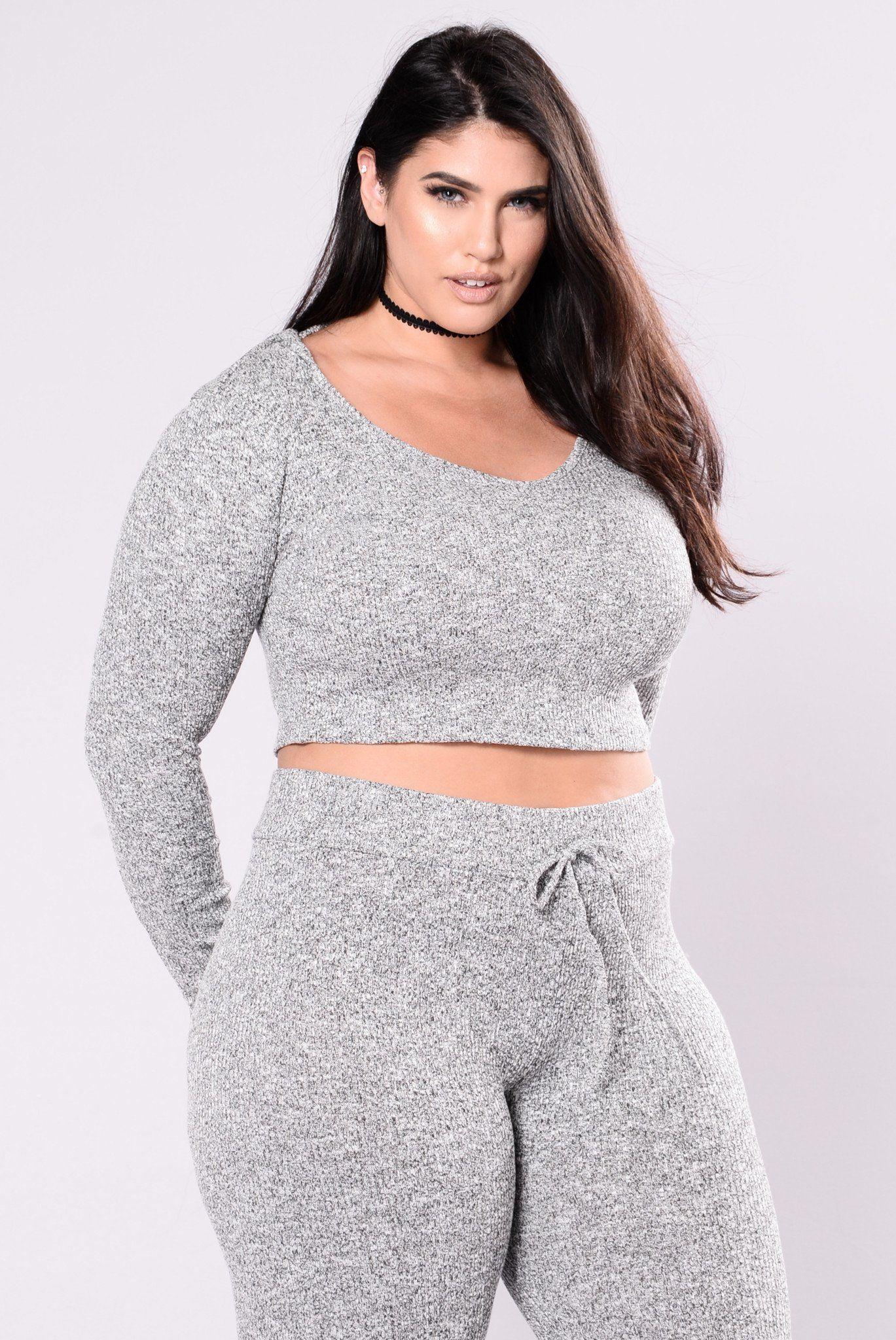 Wanderlust hoodie grey
