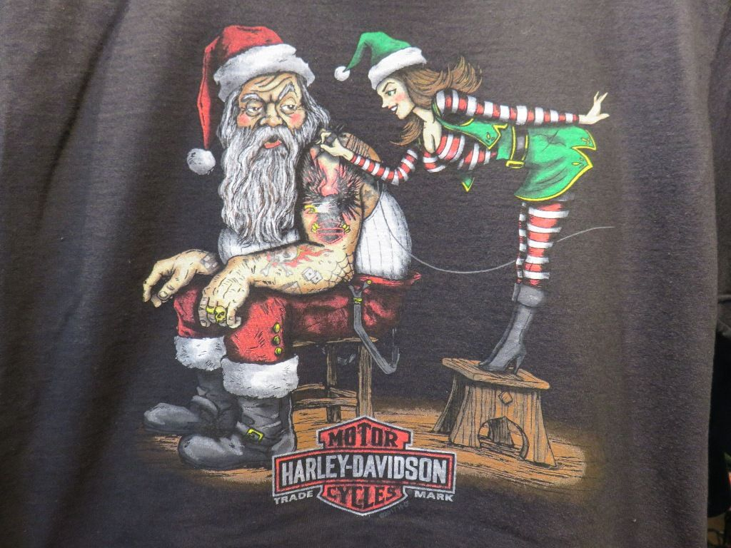 Iron 883 For Sale >> Clare's Harley-Davidson Christmas t-shirt | bikes | Harley