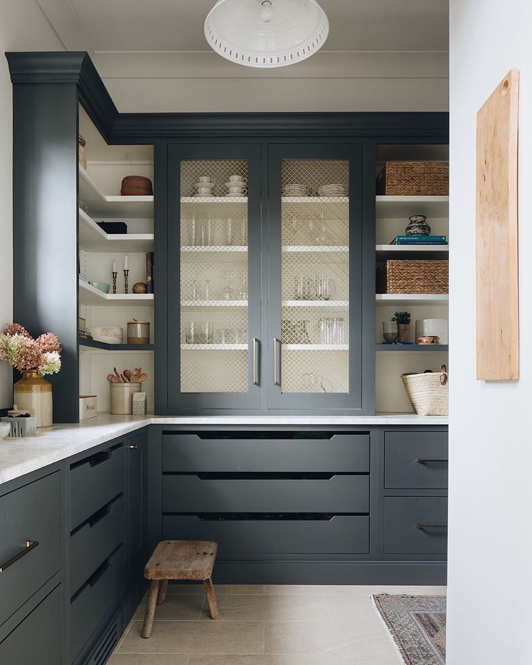 Stoffer Photography Interiors On Instagram Butlers Pantry Perfection Shot For Katemarkerinteriors In 2020 Interior Design Kitchen Pantry Inspiration Pantry Design