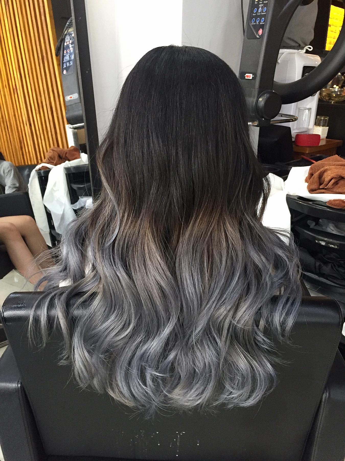 silver hair, ombre