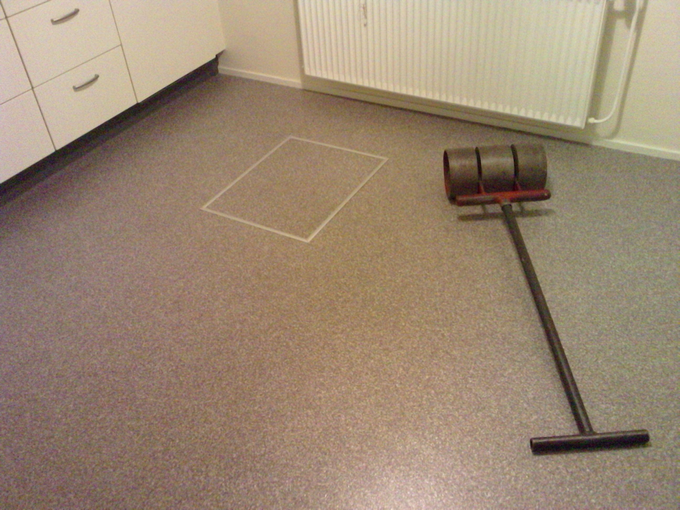 novilon vinylvloer met ingelegd luik pvc vloeren pinterest