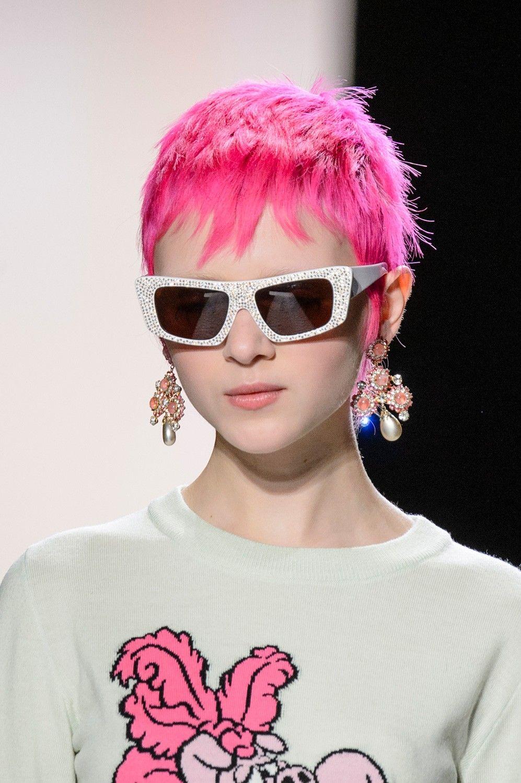 Jeremy Scott Fall Winter 2017-2018 | / hairstyles | Pinterest ...