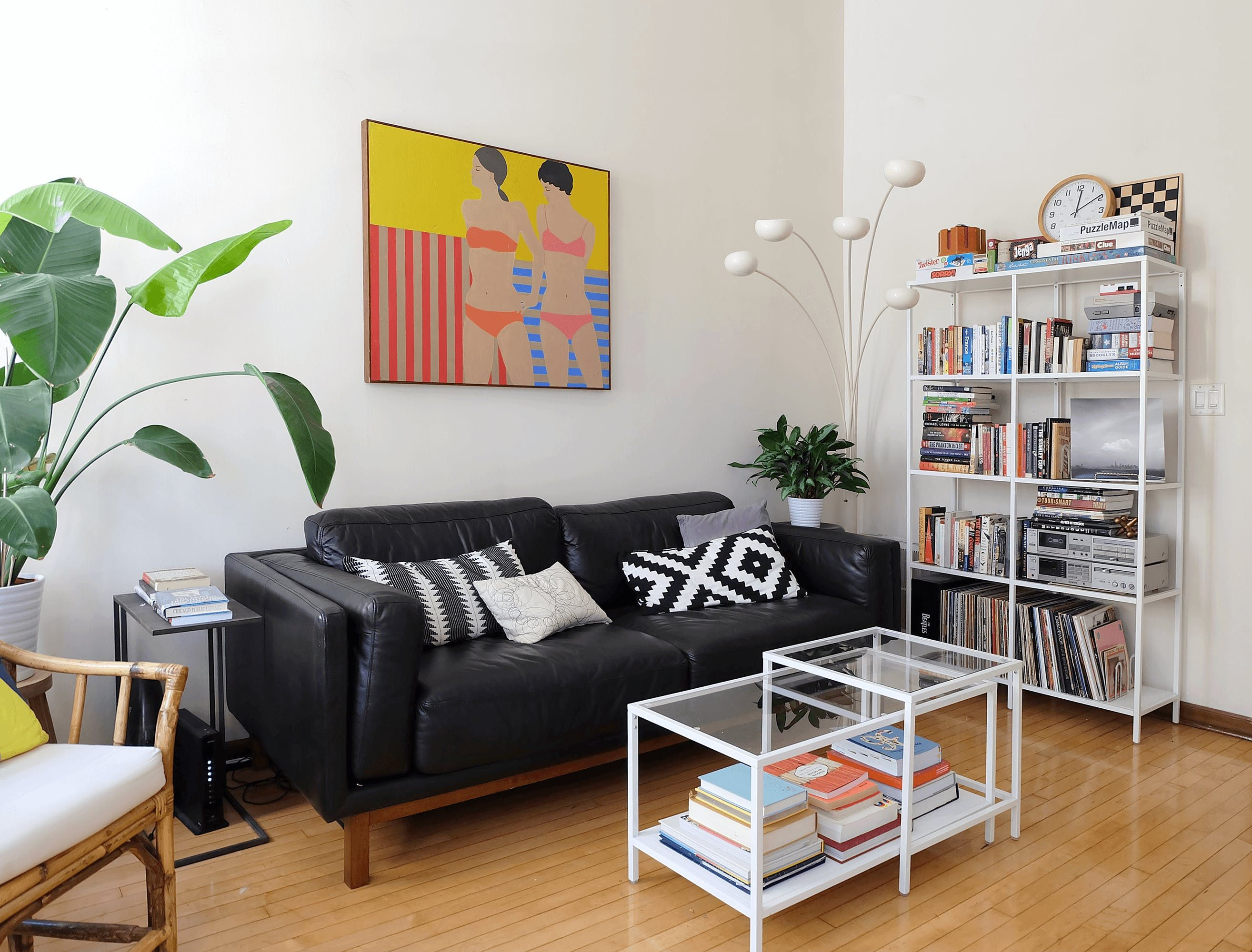 """A Chicago Couple's """"So Us"""" Vintage & Modern Mix Home"""