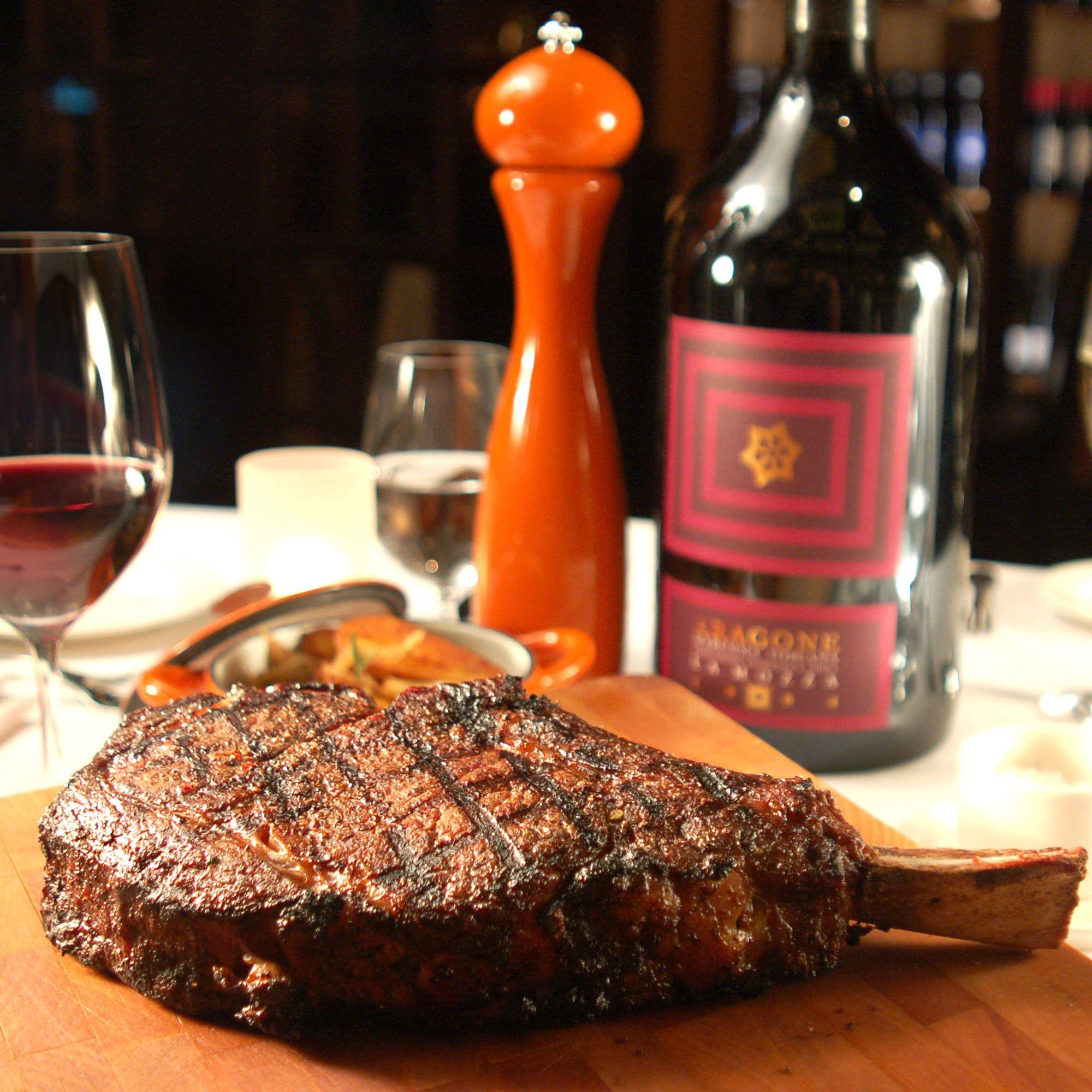Power Ranking The Top 8 Steakhouses In Las Vegas Las Vegas Eats Steak Las Vegas Las Vegas Hotels