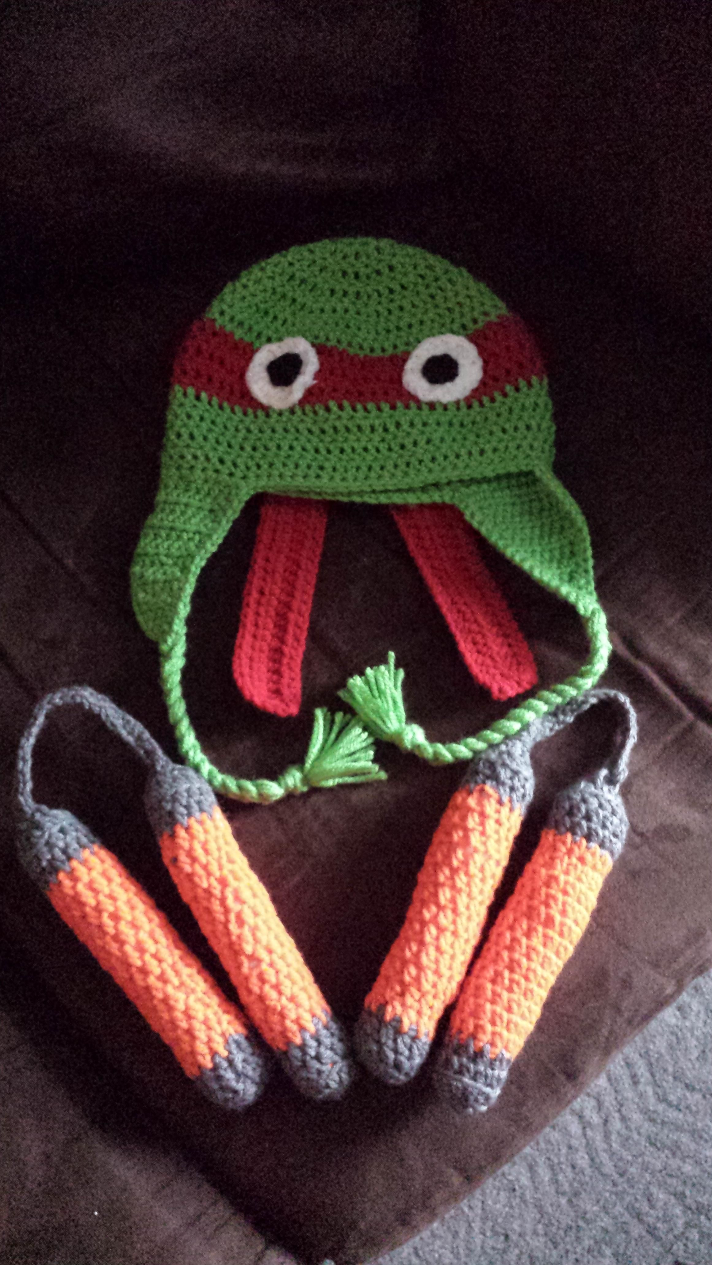 FO Ninja turtle hat and nunchucks for my nephew. | Häkeln