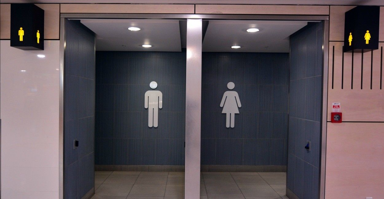 Attractive Texas School District Adopts Transgender Guidelines Without Parental