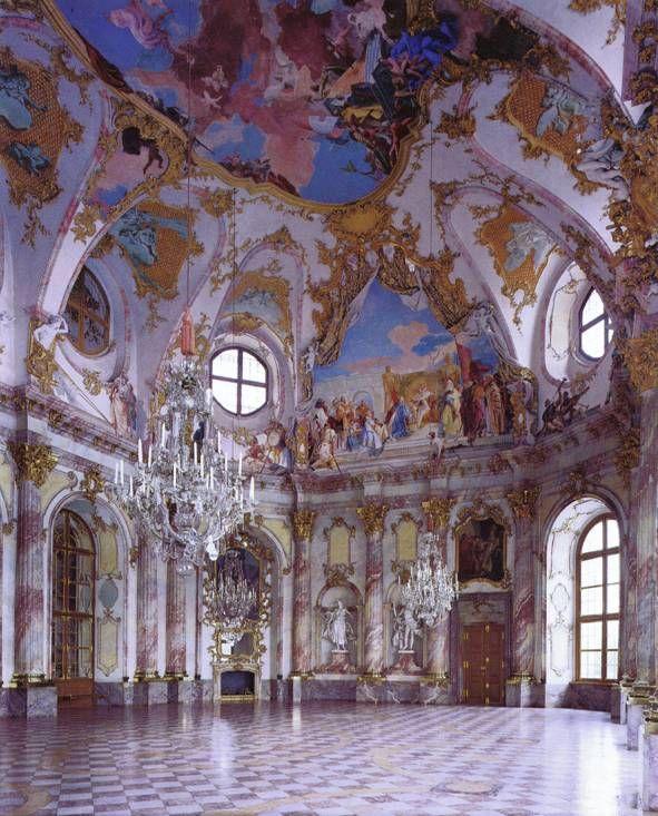 Balthasar Neumann Kaisersaal Residenz Wurzburg 1719 44 Frescoes By Giovanni Battista Tiepolo 1751 2 Baroque Architecture Rococo Art Art And Architecture