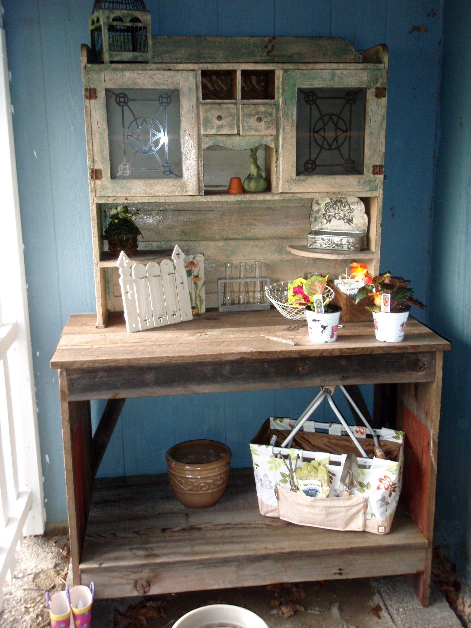 Excellent Potting Benches From Old Door The Potting Bench Made From Ibusinesslaw Wood Chair Design Ideas Ibusinesslaworg