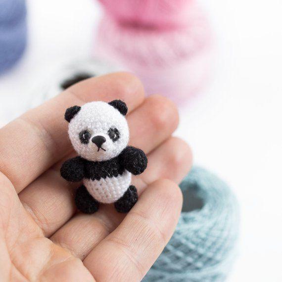 Mini Panda Bär häkeln Panda Amigurumi Miniatur Spielzeug Panda Bär Stofftier gestrickte Mini Tier Spielzeug Sammlung #miniaturetoys