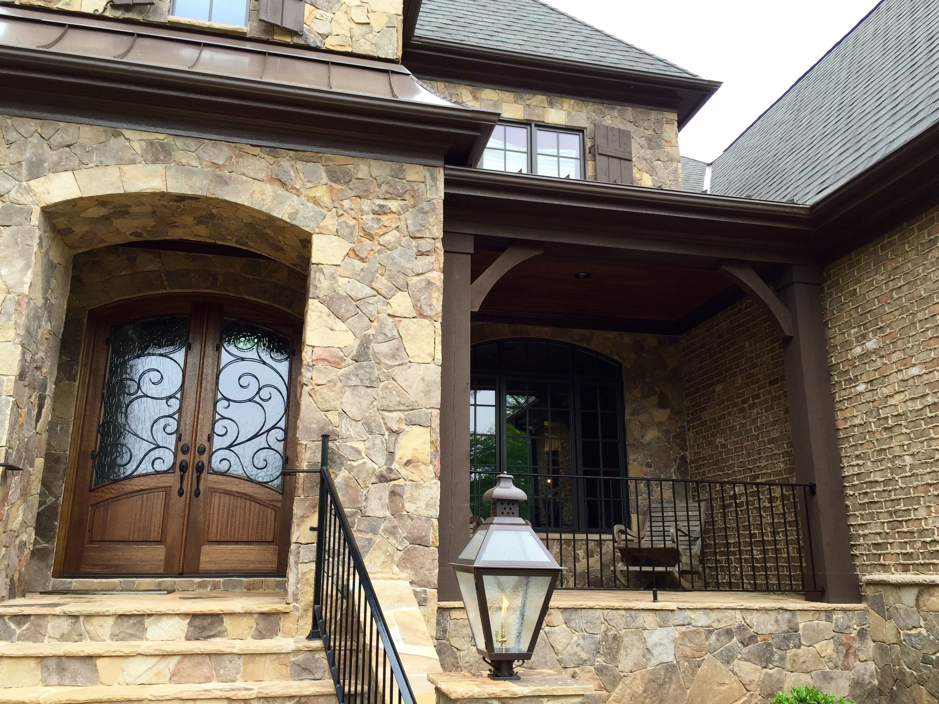 Best Arh Plan Silver Oak Exterior 41 Roof Certainteed Grand 640 x 480