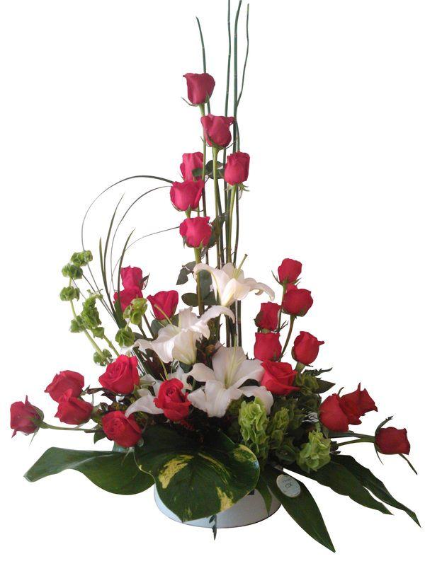 Pin by wilson giovanni on FLORERIA CARISSA,,,bonitos arreglos con - Arreglos Florales Bonitos